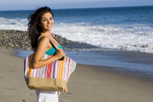 Met je strandlaken naar het strand