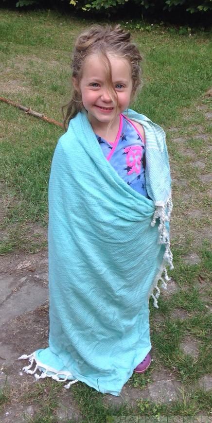 Daantje met haar hamamdoek